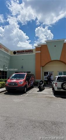9851 NW 58th St   106, Doral, FL 33178