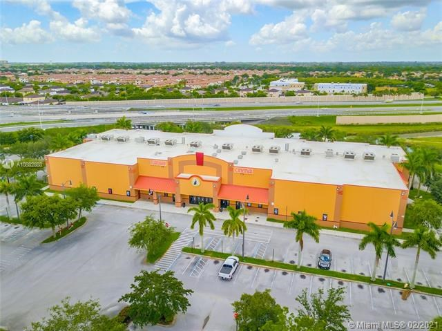 2250 NE 8th St, Homestead, FL 33033