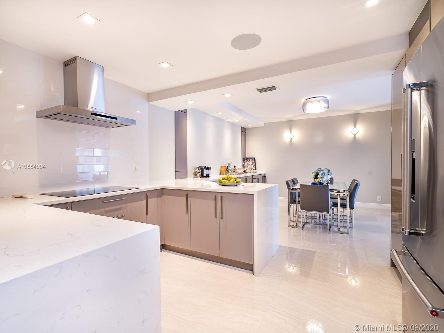 10155  Collins Ave   1106,
