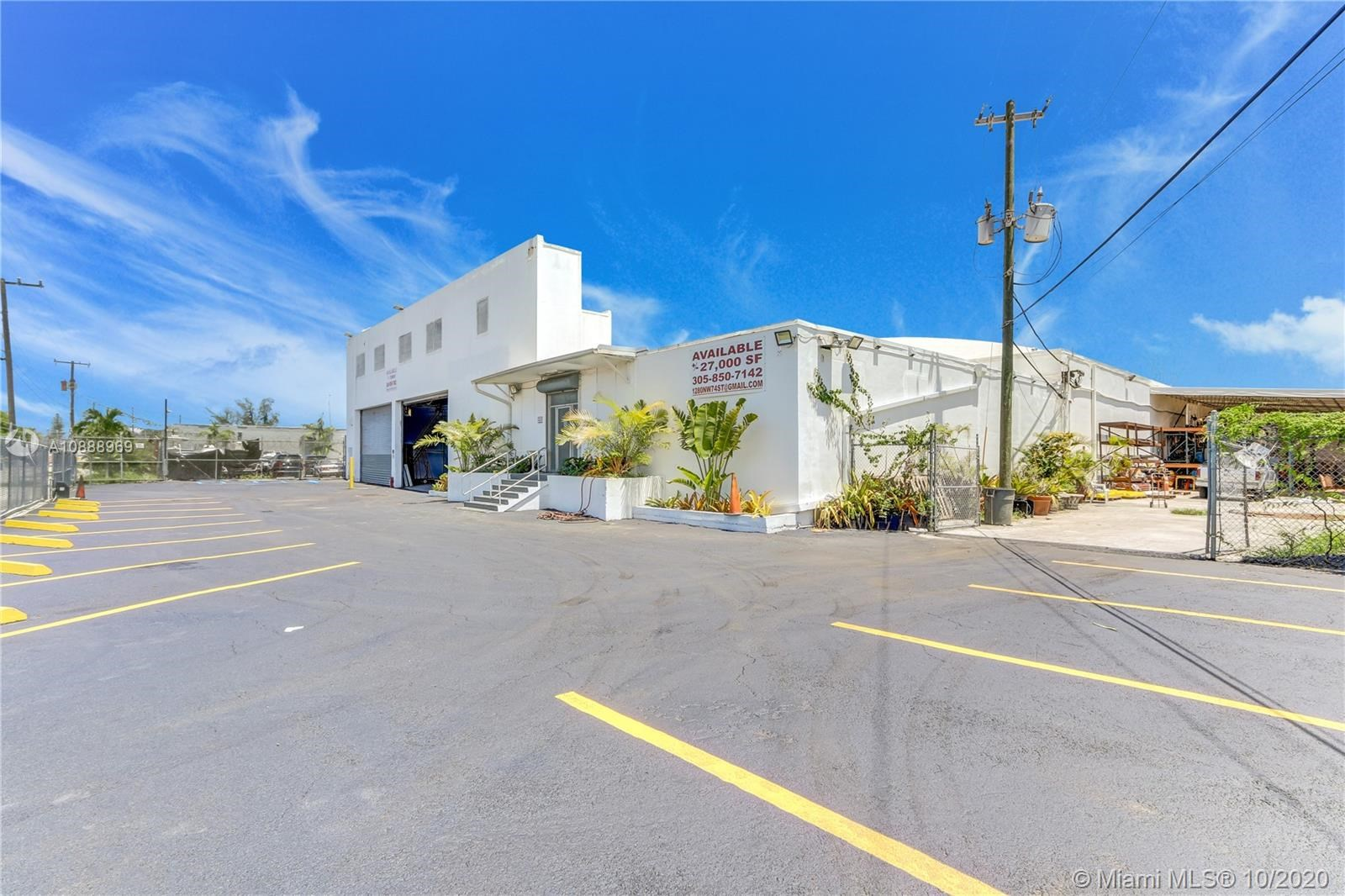 1280 NW 74th St, Miami, FL 33147