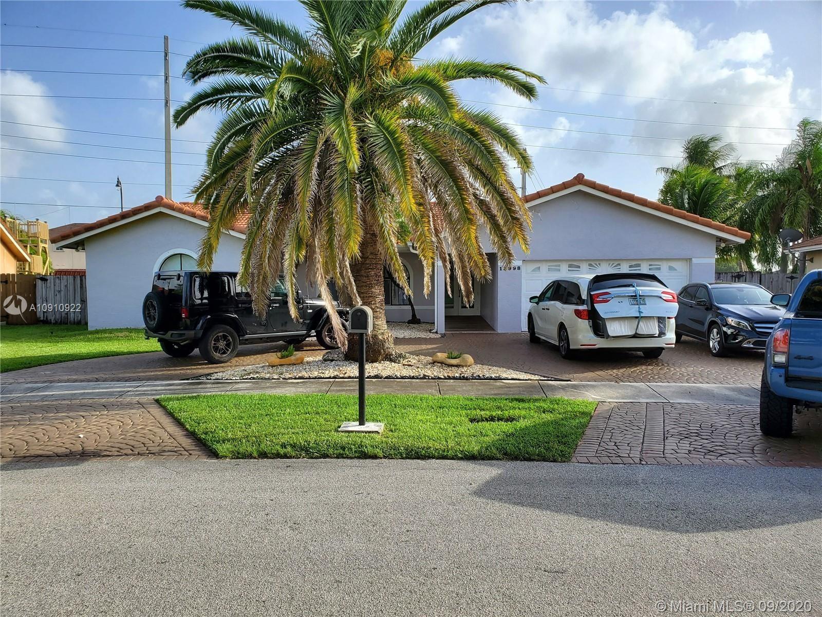 13998 SW 159th Ter, Miami, FL 33177