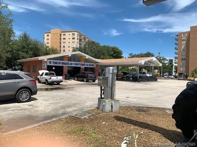 1401 NE 123rd St, North Miami, FL 33161