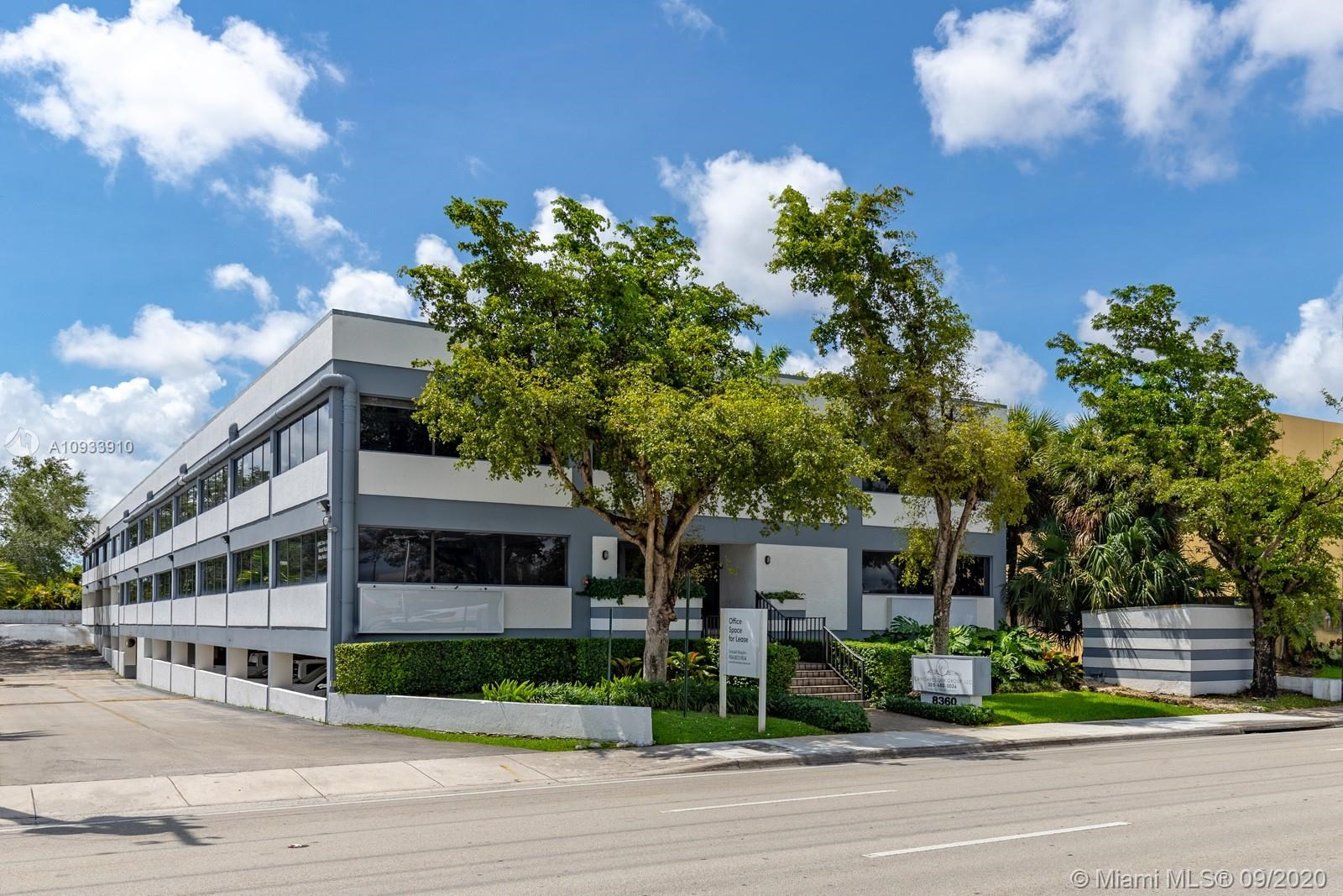 8360 W Flagler St, Miami, FL 33144