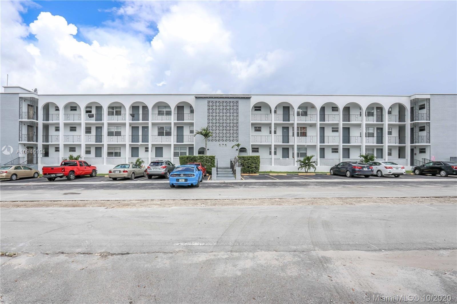 575 NE 143rd St, North Miami, FL 33161