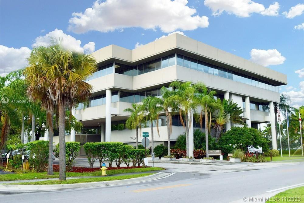 290 NW 165th St Miami   P350, Miami, FL 33169