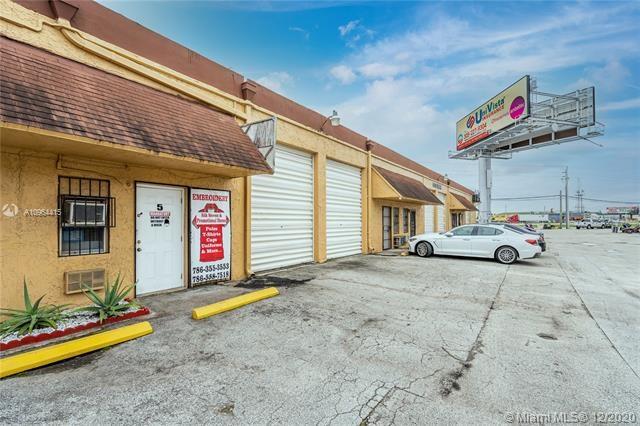9325 W Okeechobee Rd, Hialeah Gardens, FL 33016
