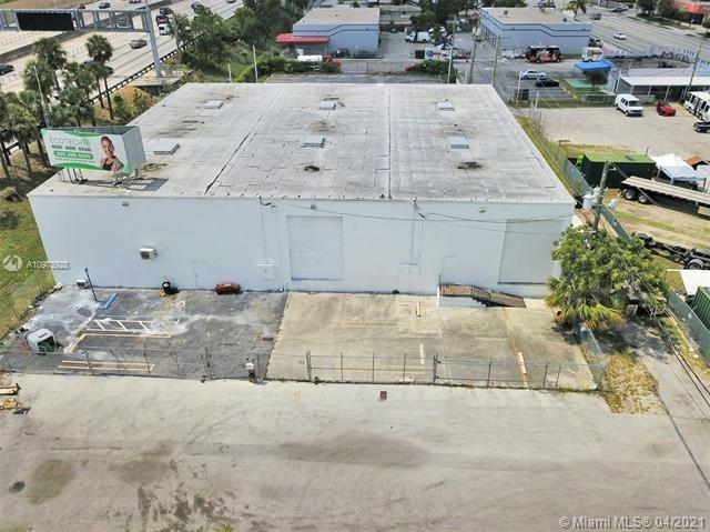 670 NW 113th St, Miami, FL 33168