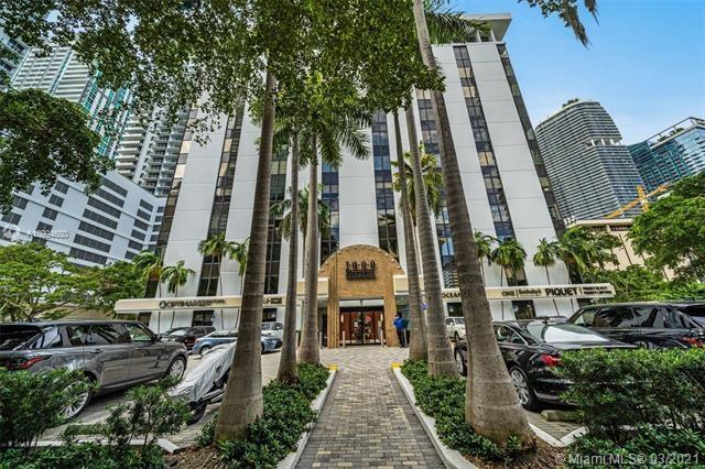 1000  Brickell Ave   3F - 3E, Miami, FL 33131