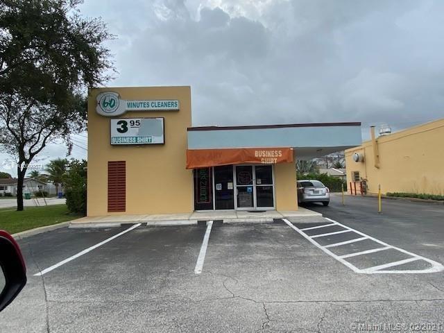 7750 NW 178th St, Hialeah, FL 33015
