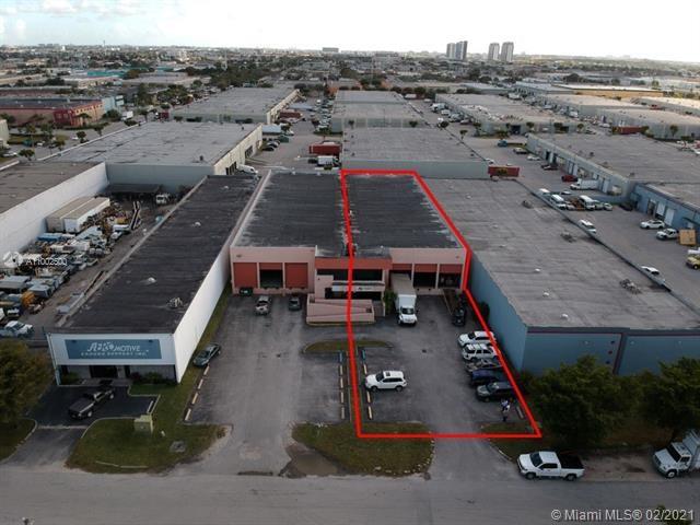 8242 NW 70th St, Miami, FL 33166