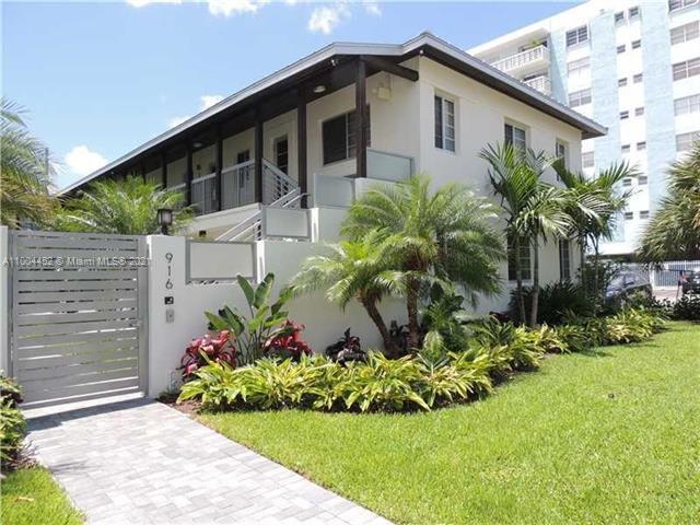 916 W 42nd St, Miami Beach, FL 33140
