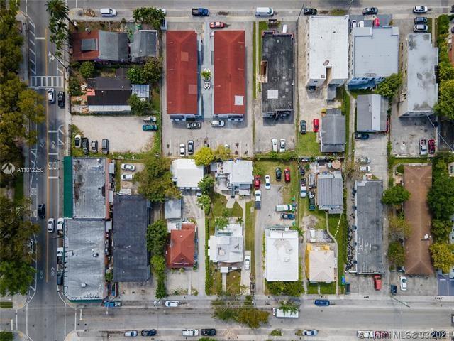 820 SW 3rd St, Miami, FL 33130