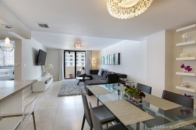1621  Collins Ave   810,