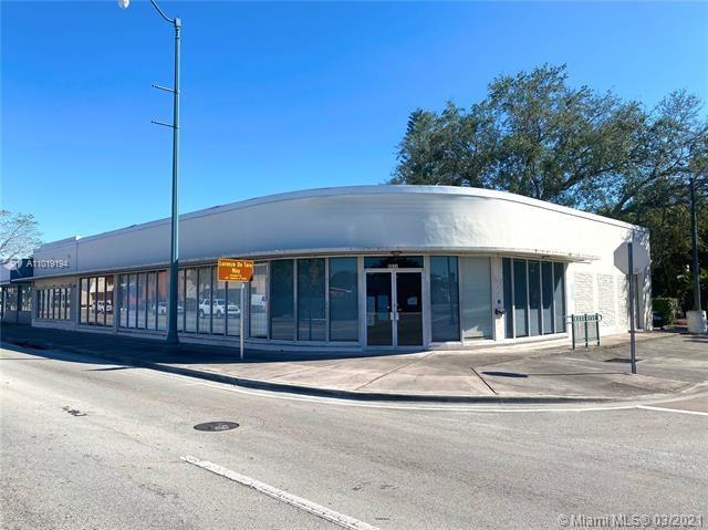 5574 SW 8 St, Coral Gables, FL 33134