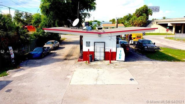 660 NW 111th St, Miami, FL 33168