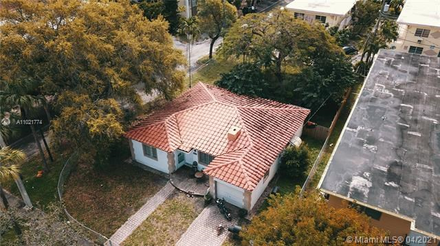 1986 NE 167th St, North Miami Beach, FL 33162