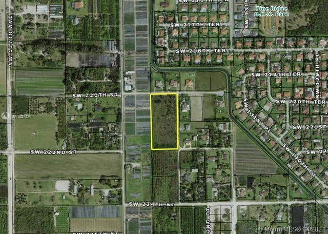 220th ST, Unincorporated Dade County, FL 33170