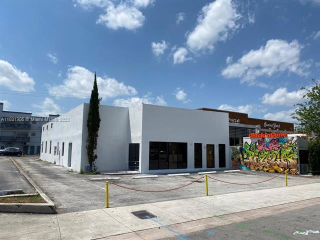 5828 SW 71st St, South Miami, FL 33143