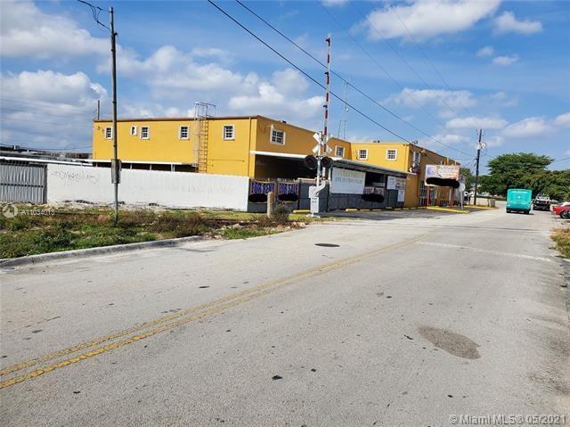 370 W 22nd St, Hialeah, FL 33010