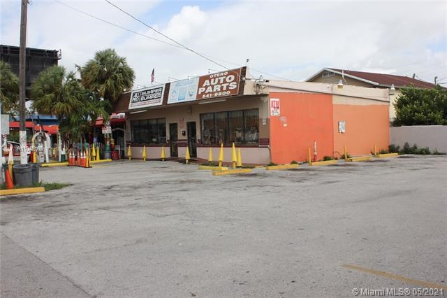 1627 SW 1st St, Miami, FL 33135