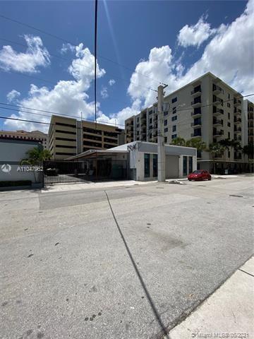3050 SW 38th Ct, Miami, FL 33146