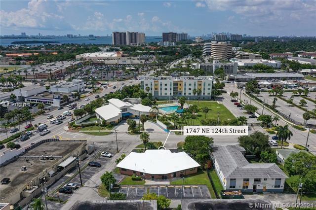1747 NE 124th St, North Miami, FL 33181