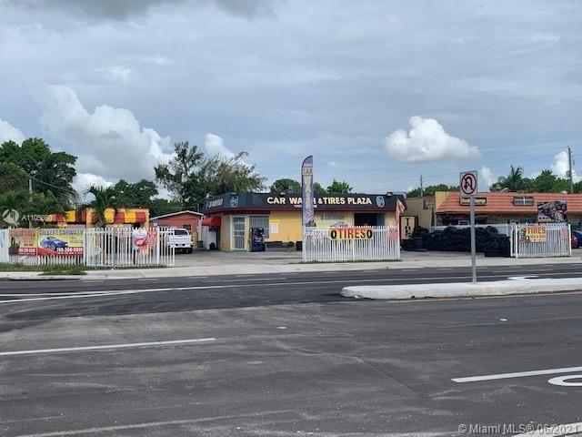 11700 NW 7th Ave, Miami, FL 33168