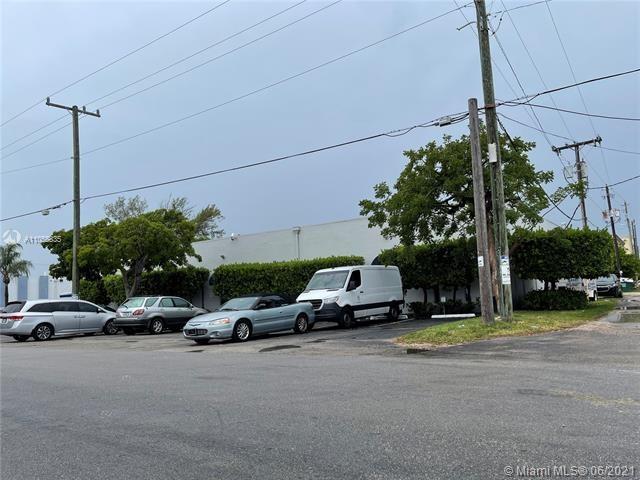 1999 NE 150th St, North Miami, FL 33181