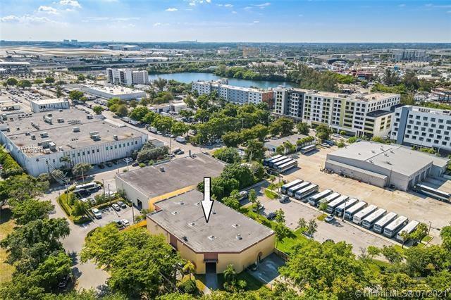 2300 NW 34th Ave, Miami, FL 33142