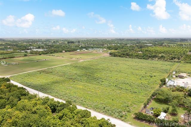 19300 SW 152, Miami, FL 33196
