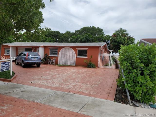 1635 W 65th St, Hialeah, FL 33012