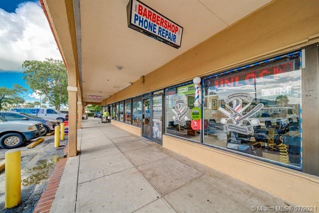 10720 W Flagler St, Sweetwater, FL 33174