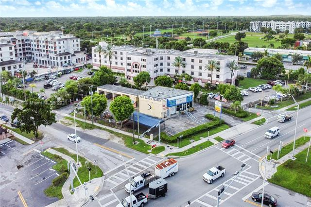 17403 S Dixie Hwy, Palmetto Bay, FL 33157