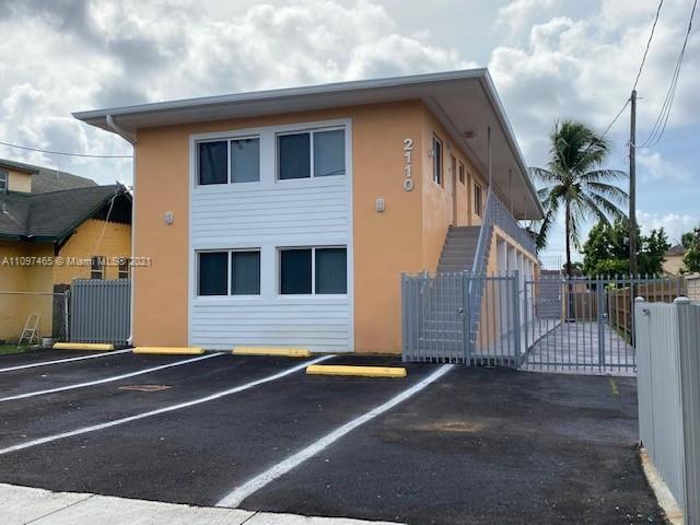 2110 NW 28th St, Miami, FL 33142