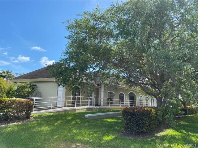 9225 SW 158th Ln, Palmetto Bay, FL 33157