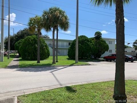 17175 NE 20th Ave, North Miami Beach, FL 33162