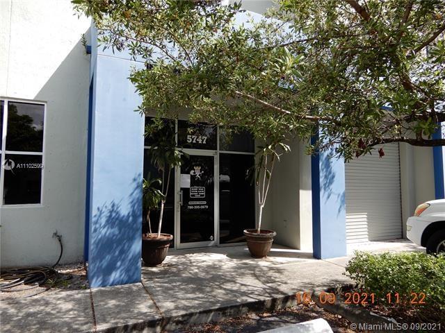 5747 NW 151st St   57447, Miami Lakes, FL 33014