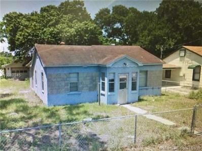 1710 South Ave, Fort Pierce, FL 34950 - MLS#: A10082245