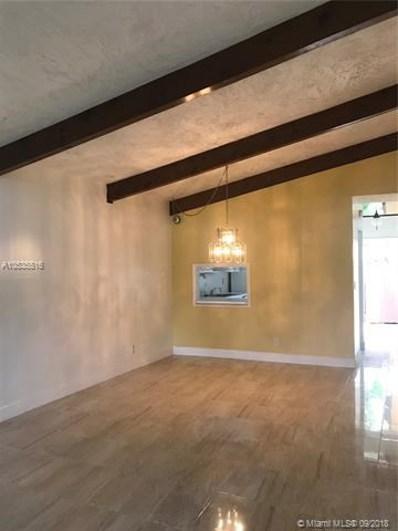 319 Briarwood Cir UNIT 20-V2, Hollywood, FL 33024 - #: A10535516