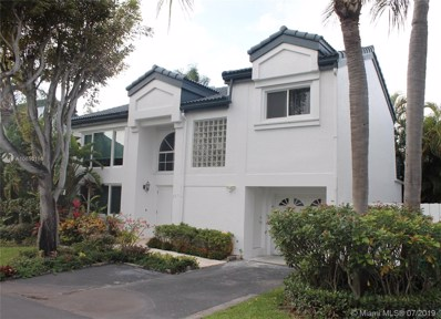 351 NE 212th St, Miami, FL 33179 - #: A10653156