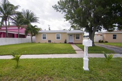 301 W 15th Street, Riviera Beach, FL 33404 - MLS#: RX-10377178