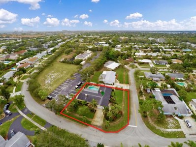 28 Willow Road, Tequesta, FL 33469 - MLS#: RX-10385094