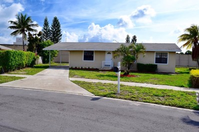 325 Elaine Circle E, West Palm Beach, FL 33409 - MLS#: RX-10426699