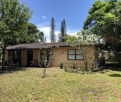 3238 E East Lake Drive, Fort Pierce, FL 34982 - MLS#: RX-10432800