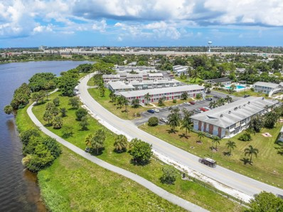 2204 Lake Osborne Drive UNIT 4, Lake Worth, FL 33461 - MLS#: RX-10457540