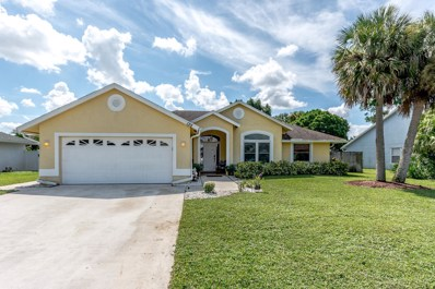 135 Kings Way, Royal Palm Beach, FL 33411 - MLS#: RX-10459080