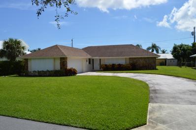5 SE Club Circle, Tequesta, FL 33469 - MLS#: RX-10465767