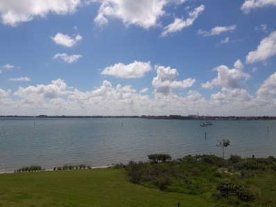 31 Harbour Isle Drive W UNIT 301, Fort Pierce, FL 34949 - #: RX-10468544