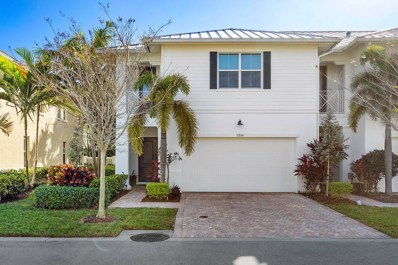 5264 Cambridge Court, Palm Beach Gardens, FL 33418 - #: RX-10495941