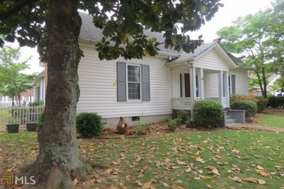 715 Simmons St, Gainesville, GA 30501 - MLS#: 8380603